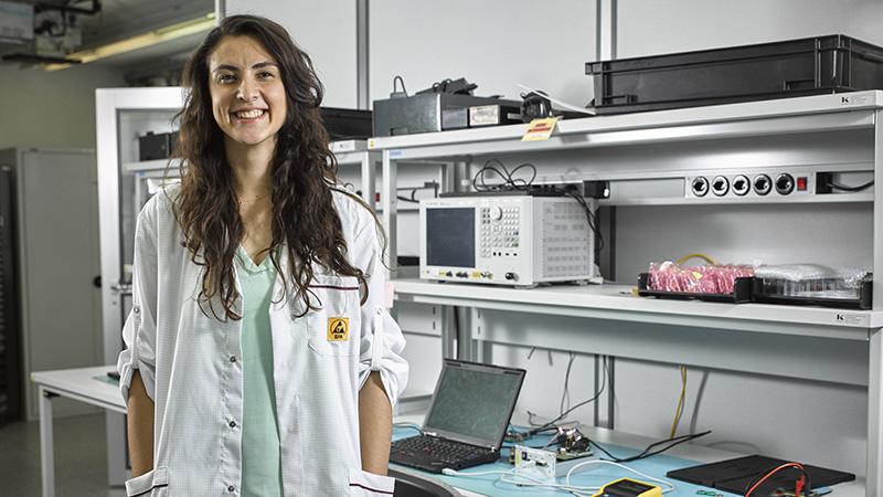 Meet Özge - Applications Engineer at Melexis